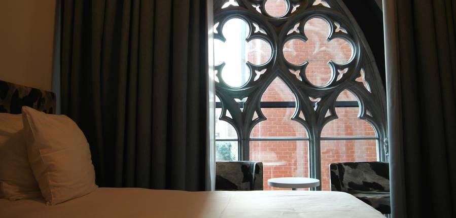 Un hôtel dans une ancienne chapelle... Vraiment étonnant le Dream. Copyright S.Hennebique