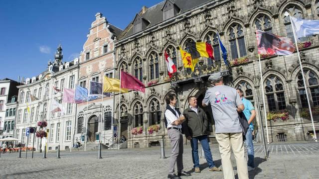 """Ontdek nieuwe wegen met de """"greeters"""" van Mons"""
