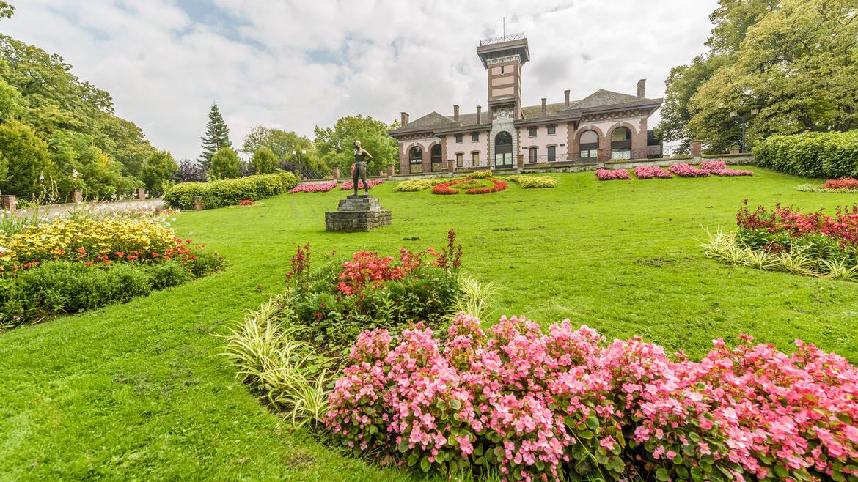 Het Waux-Hall, een belangrijk park in het hart van Bergen