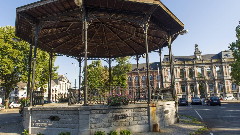 Het marktplein van Boussu, een openluchtmuseum