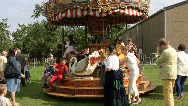 Het feest van de 19e eeuw - Hensies