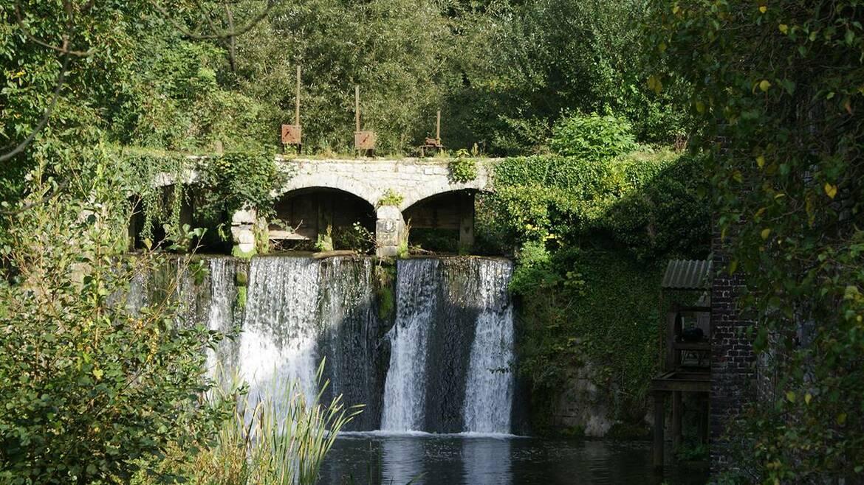 De molen van Saint-Denis en zijn waterval, restanten uit een vervlogen tijdperk