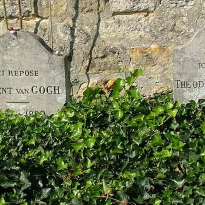 Cimetière d'Auvers-sur-Oise: tombes de Théo et Vincent Van Gogh.